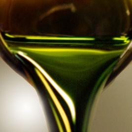 Algae-based crude oil