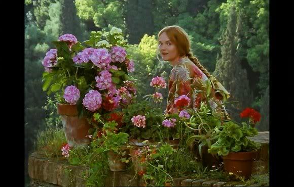 Miranda Richardson as Rose - Screenshot from Enchanted April