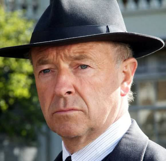 Michael Kitchen as Inspector Foyle