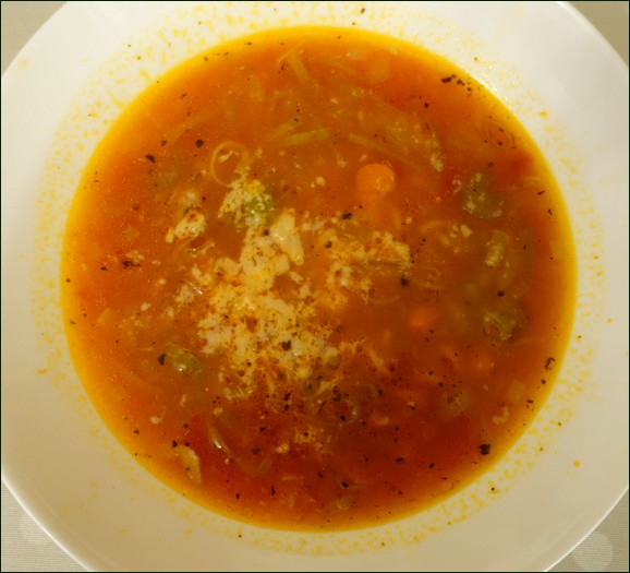 Picture of minestrone soup
